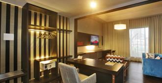 卡宾酒店 - 雅加达