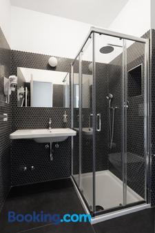 芭比拉旅馆 - 米兰 - 浴室