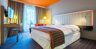 法兰克福机场丽柏酒店 - 法兰克福 - 睡房