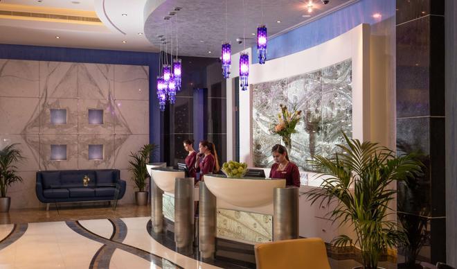 阿布扎比市中心金色郁金香酒店 - 阿布扎比 - 柜台