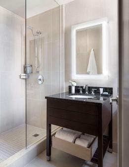 阿菲尼亚纽约市谢尔本酒店 - 纽约 - 浴室