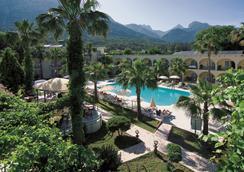 金太阳酒店 - 高纳克 - 游泳池