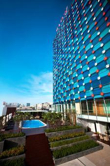 水门夜光酒店 - 曼谷 - 建筑