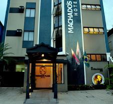 马查多广场酒店
