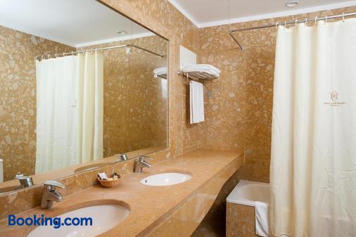 多艾乐威多尔酒店 - 布拉加 - 浴室