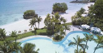 香格里拉麦丹岛度假酒店 - 宿务 - 游泳池