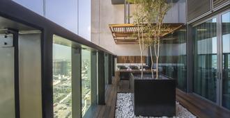 美洲嘉年华蒙特雷帕韦永M.酒店 - 蒙特雷 - 建筑