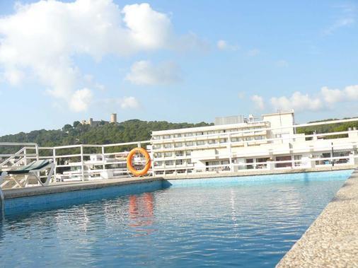 戈米拉公园公寓式酒店 - 马略卡岛帕尔马 - 游泳池