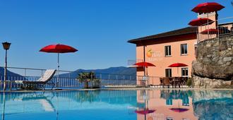 阿兰西奥酒店 - 阿斯科纳 - 游泳池