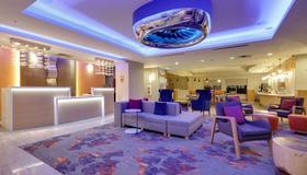 达拉斯爱之田拉金塔旅馆及套房 - 达拉斯 - 休息厅