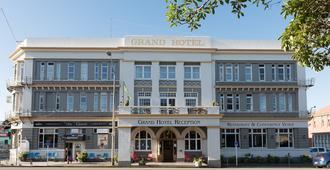 格兰德酒店 - 旺阿努伊