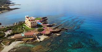 拉斯多洛娜斯温泉别墅酒店 - 阿尔盖罗 - 海滩
