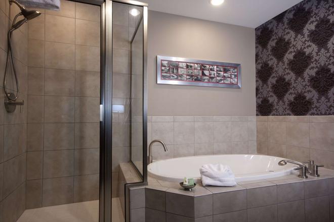 吉亚科莫酒店-埃森德典藏酒店成员 - 尼亚加拉瀑布 - 浴室