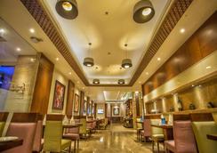 沙诺瓦波提科酒店 - 贾朗达尔 - 大厅