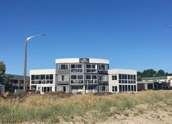 怀蒂昂格海滨公寓式酒店 - 怀蒂昂格 - 建筑