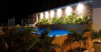 圣米格尔帝国酒店 - 圣玛尔塔 - 游泳池