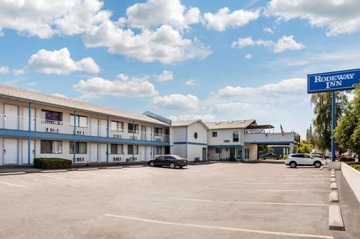 罗德威酒店 - Coeur d'Alene - 建筑