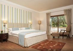 艾恩达纳特度假酒店 - 艾恩 - 睡房