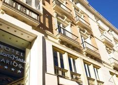 拉里奥斯室友酒店 - 马拉加 - 建筑