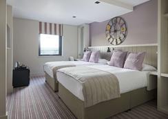 爱丁堡城市村庄度假酒店 - 爱丁堡 - 睡房