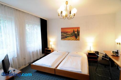 巴赫森林酒店 - 杜塞尔多夫 - 睡房
