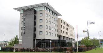鹿特丹卢恩城堡酒店 - 鹿特丹 - 建筑