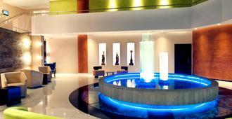 阿拉梅达基多美居酒店 - 基多 - 大厅