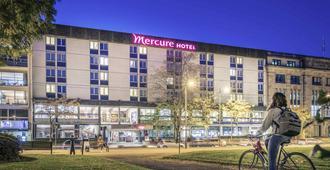 穆卢兹中心美居酒店 - 米卢斯 - 建筑