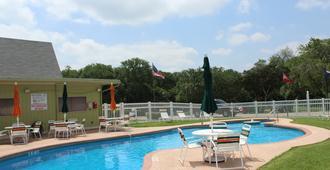 奥斯汀孤星房车度假村 - 奥斯汀 - 游泳池