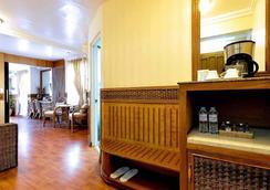 红椰子海滩酒店 - 长滩岛 - 餐馆