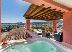 拉韦奇亚丰泰酒店 - 帕劳 - 游泳池