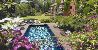 巴拉达斯公园Spa酒店 - 埃斯特角城 - 游泳池