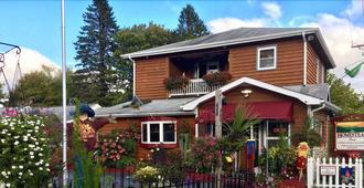 家园旅馆 - 布洛英罗克山 - 建筑