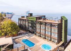 M俱乐部酒店 - 敖德萨 - 建筑