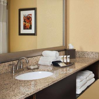 布兰森卫尔克酒店 - 布兰森 - 浴室