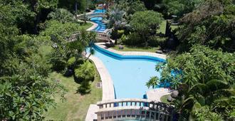 巴里岛格拉哈卡拉酒店 - 登巴萨 - 游泳池