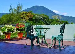 绿洲住宿加早餐旅馆 - 圣萨尔瓦多 - 露台
