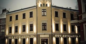 阿奇拉住宿加早餐酒店 - 弗罗茨瓦夫 - 建筑
