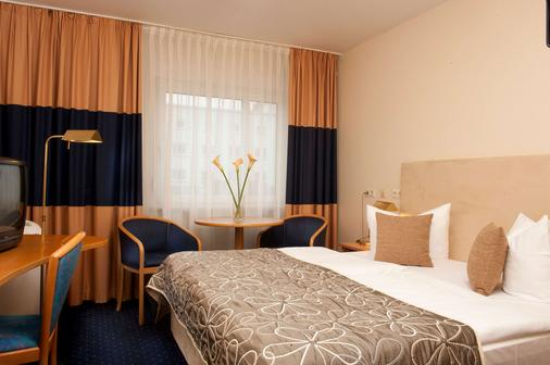 特拉普温德姆不来梅机场酒店 - 不莱梅 - 睡房
