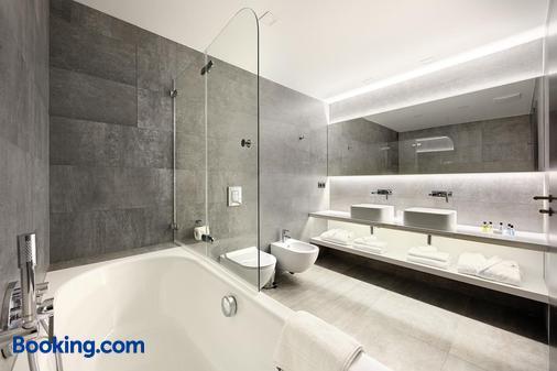 舞蹈之家酒店 - 布拉格 - 浴室