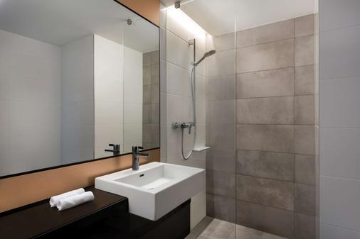 莱比锡阿迪娜公寓酒店 - 莱比锡 - 浴室