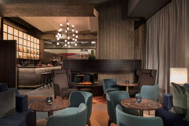 莱比锡阿迪纳公寓酒店 - 莱比锡 - 酒吧