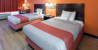 格罗顿米斯蒂克6号汽车旅馆 - 格罗顿 - 睡房