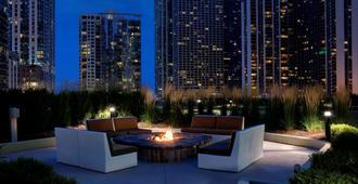 芝加哥水楼丽笙酒店 - 芝加哥 - 露台
