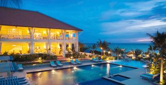美憬阁富国岛拉维朗达度假酒店 - Phu Quoc - 游泳池