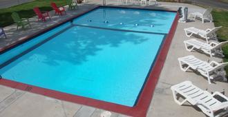 卡斯卡德旅館 - 本德 - 游泳池