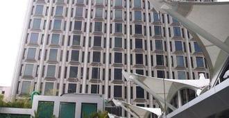 半岛怡东酒店 - 新加坡 - 建筑