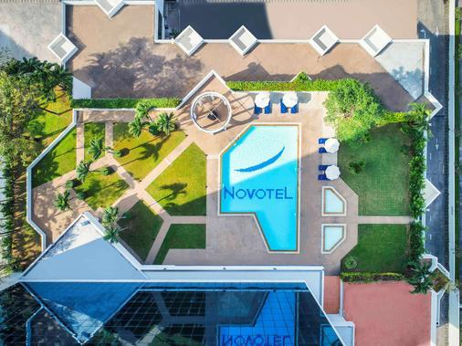 曼谷班纳诺富特酒店 - 曼谷 - 建筑