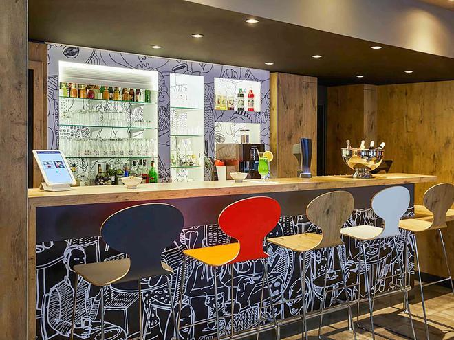 图卢兹中心宜必思酒店 - 图卢兹 - 酒吧
