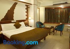 帝王领土酒店 - 孟买 - 睡房